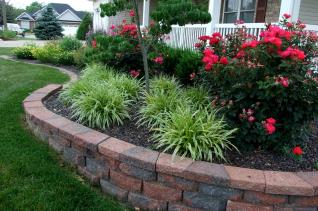 Multi-level retaining wall